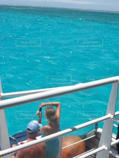 アメデ灯台周辺をボートで散策の写真・画像素材[1827664]