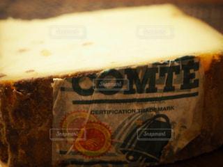 パリ土産のコンテチーズの写真・画像素材[1864462]