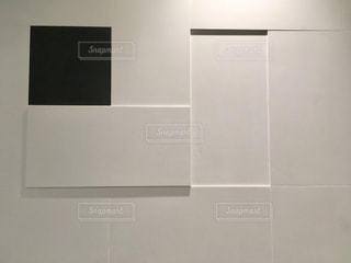 スクエア模様の壁の写真・画像素材[2059531]