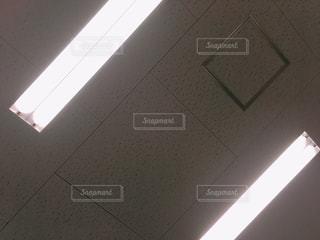 天井のライトの写真・画像素材[2096666]