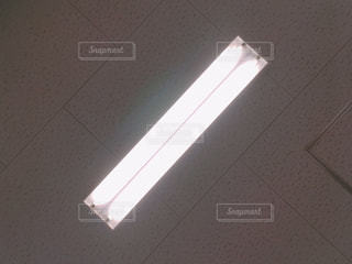 天井のライトの写真・画像素材[2096668]