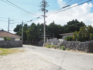 波照間島の集落の風景の写真・画像素材[2365586]