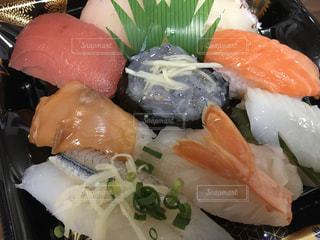 スーパーの寿司の写真・画像素材[3097729]