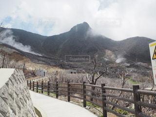 箱根山の大涌谷の風景の写真・画像素材[3475684]