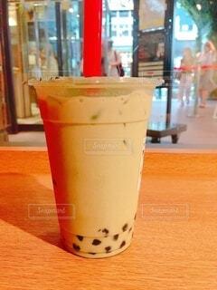 渋谷の丸井のゴンチャで抹茶ミルクのタピオカの写真・画像素材[3620912]