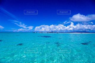 青い海の写真・画像素材[1070720]