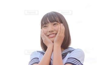 セーラー服の女子中学生の写真・画像素材[2509505]