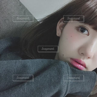 クローズ アップ撮影、selfie ピンクの髪を持つ女性のの写真・画像素材[1072306]