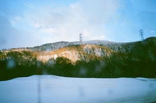 スキー場の帰り道の写真・画像素材[1072931]