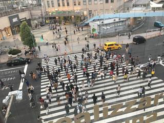 上野駅前の人混みの写真・画像素材[1083750]