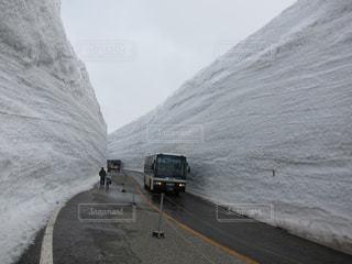雪の大谷の写真・画像素材[1090084]