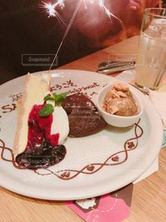 サプライズのケーキ - No.1074274