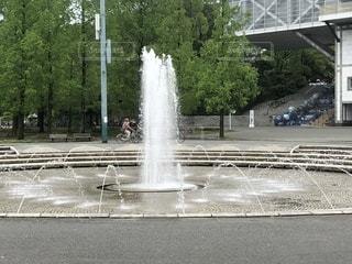 鶴見緑地の噴水の写真・画像素材[1146109]