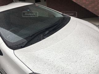 車に降った火山灰の写真・画像素材[1079183]