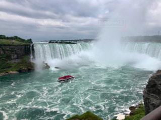ナイアガラの滝の写真・画像素材[2302348]