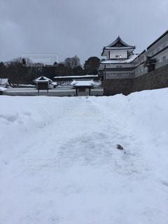 雪の金沢城の写真・画像素材[1077825]