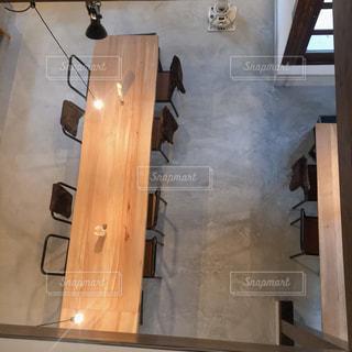 木製テーブルの写真・画像素材[1124926]