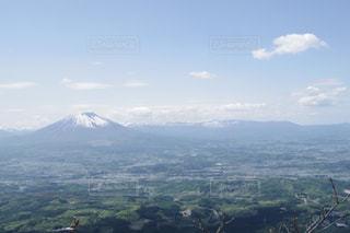 姫神山頂上から臨む岩手山の写真・画像素材[1084890]