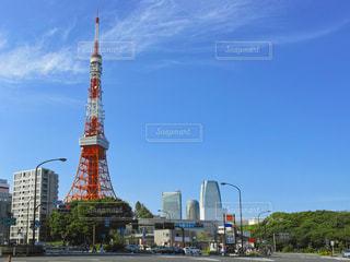 青空と東京タワーの写真・画像素材[1107415]