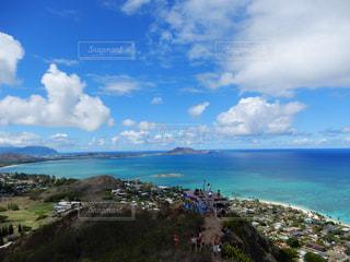 山頂からの絶景の写真・画像素材[1081888]
