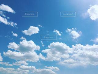 春の空の写真・画像素材[1118356]