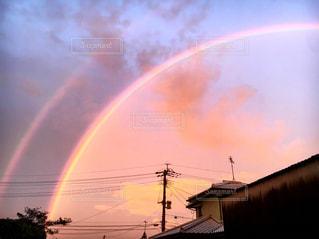 空に虹の写真・画像素材[1083659]