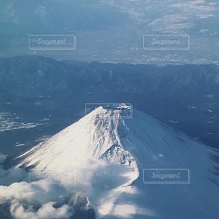 雪の覆われた富士山の写真・画像素材[1084350]