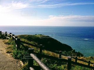 遊歩道からの海辺の写真・画像素材[1101689]