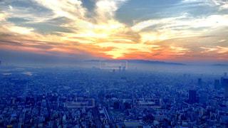 天空の夕日の写真・画像素材[2176375]