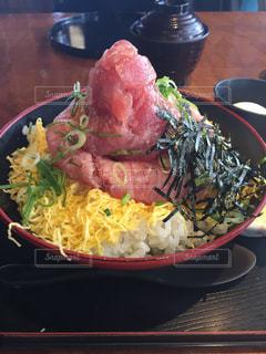 伊豆のネギトロ丼の写真・画像素材[1089253]