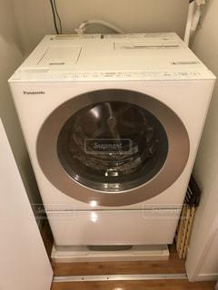 ドラム式洗濯機の写真・画像素材[1089999]