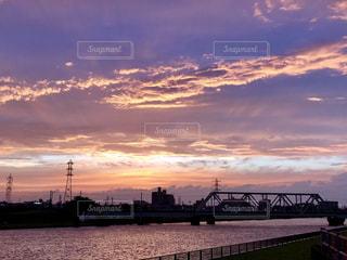 夕空と川の写真・画像素材[1161637]