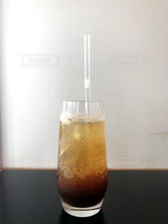 クラフトコーラで作るコーヒーコーラの写真・画像素材[3595560]