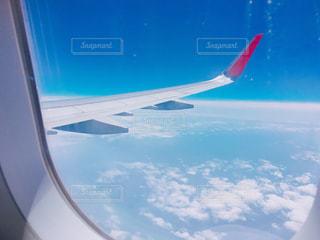 飛行機と青空の写真・画像素材[1136817]