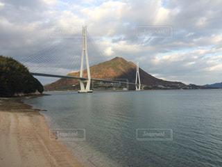 瀬戸内海にかかる橋の写真・画像素材[1188361]