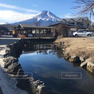 富士山と忍野八海の写真・画像素材[1093381]