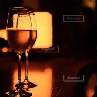 お洒落な空間のシャンパンの写真・画像素材[1677147]