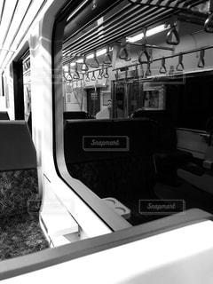 無人電車の車窓からの写真・画像素材[1119596]