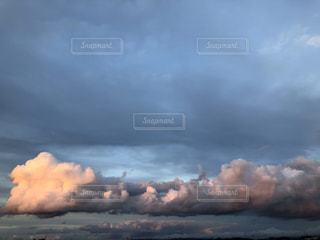 空の雲の写真・画像素材[2811907]