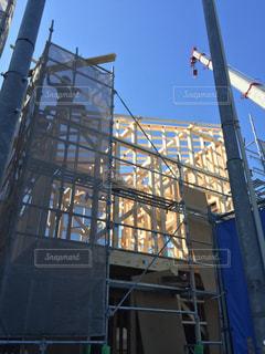 建設中の木造住宅の写真・画像素材[1097427]