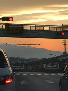 鉄道の交通信号で停止の写真・画像素材[1100208]