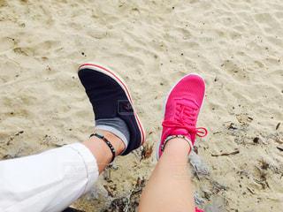 砂浜と足の写真・画像素材[1100215]