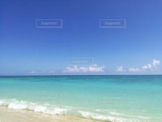 ハワイのきれいなビーチの写真・画像素材[1099816]