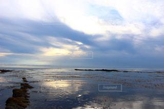 水平線と夕焼けの写真・画像素材[1258256]