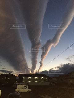 何かを予感させる雲の写真・画像素材[1101095]