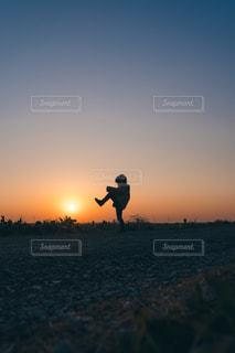 夕方散歩の写真・画像素材[2918373]