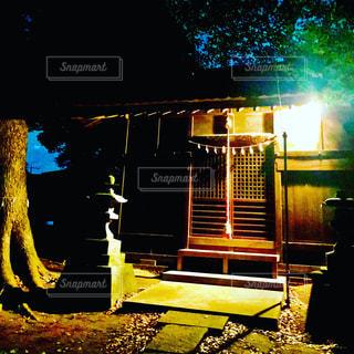 夜の神社の写真・画像素材[1178067]