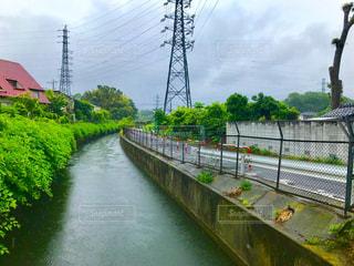 雨模様の水路 - No.1179992