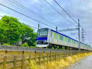 雨雲の下の列車 - No.1179993