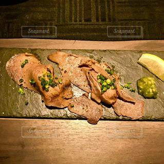 牛タン炙り寿司の写真・画像素材[1276293]